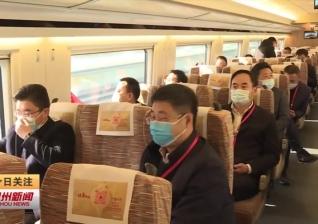 视频新闻 邳州东站迎来首批乘客 搭乘体验: 又快又稳又舒适