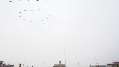 铭记光辉历史 续写强军新篇——中国共产党领导人民军队建设发展的回望与思考