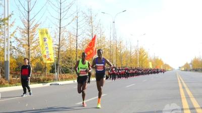 2017邳州国际半程马拉松赛剪影